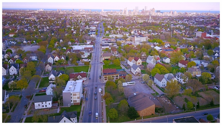 Build_Strong_Blocks_Milwaukee_Rent_to_Own_Homes-edited.jpg